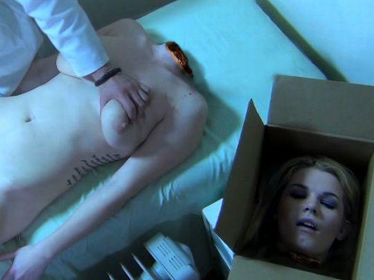 【※グロ注意】首チョンパされた女の全裸画像を貼ってくスレ・・・勃起したヤツすぐに病院行けよwwwww・15枚目