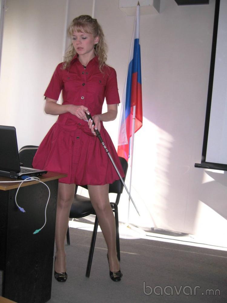 【エロ画像】父親をメロメロにするロシアの女教師マジで恐ロシアwwwwwwwwwwwwwwwwwwww・7枚目
