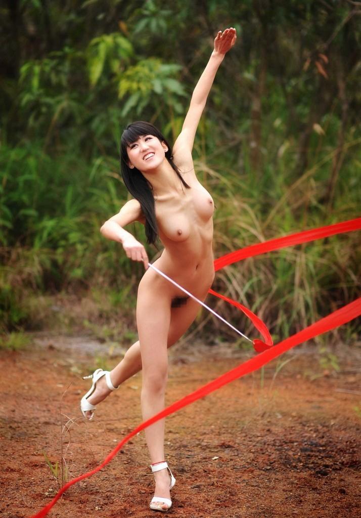 【エロ画像】全裸だったら最強にエロくなるスポーツってこれだよな?wwwwwwwwwwwwwww・6枚目