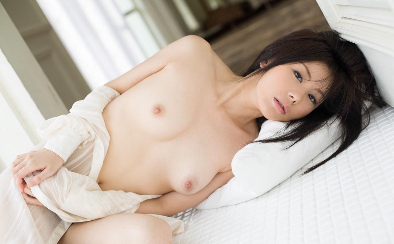 美乳おっぱい エロ 画像013