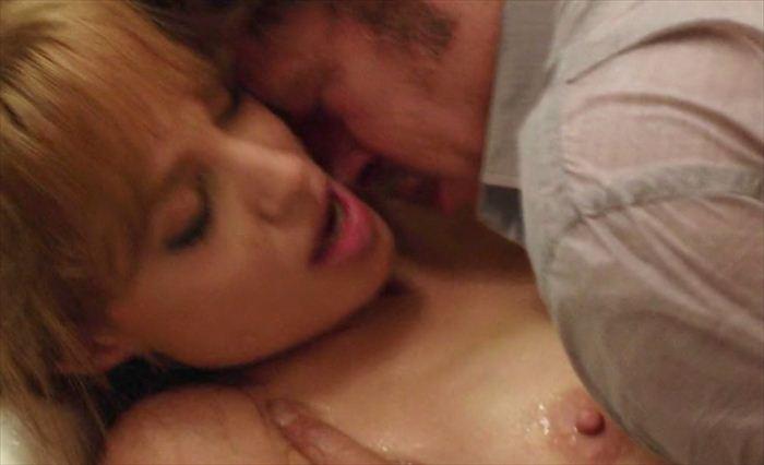 アンジェリーナ・ジョリーのSEXシーン、挿入までしてるらしいんだが・・・・(GIFあり)・40枚目