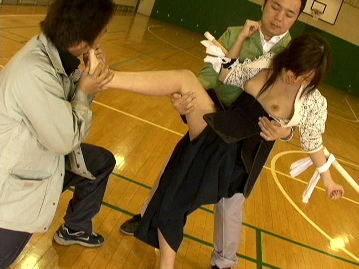【画像】巨乳の剣道女子が道着を脱ぎ捨てたら・・・(23枚)・16枚目