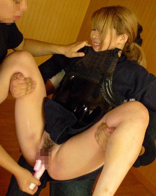 【画像】巨乳の剣道女子が道着を脱ぎ捨てたら・・・(23枚)・21枚目