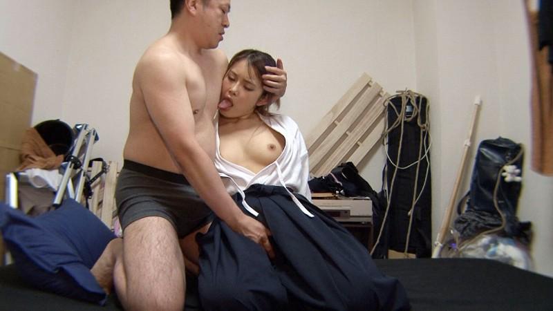 【画像】巨乳の剣道女子が道着を脱ぎ捨てたら・・・(23枚)・8枚目