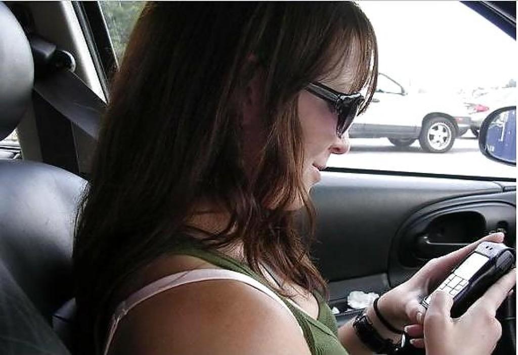 【自信満々】シートベルトで車内パイスラしてるSNS画像集 37枚・21枚目