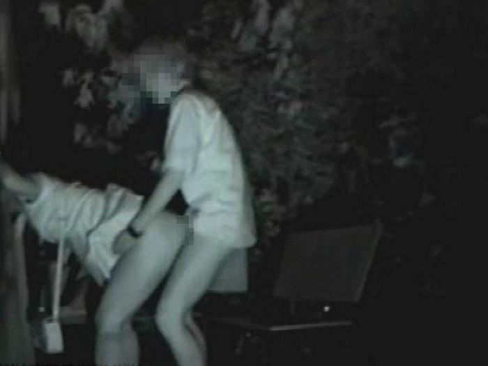 野外セックス 赤外線カメラ 画像027