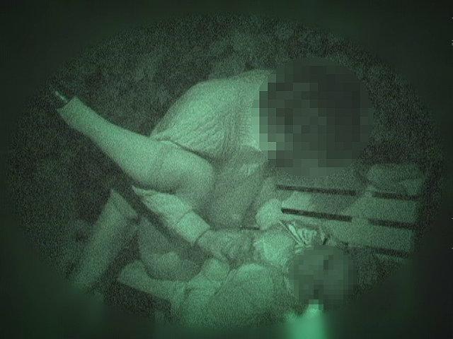 野外セックス 赤外線カメラ 画像030