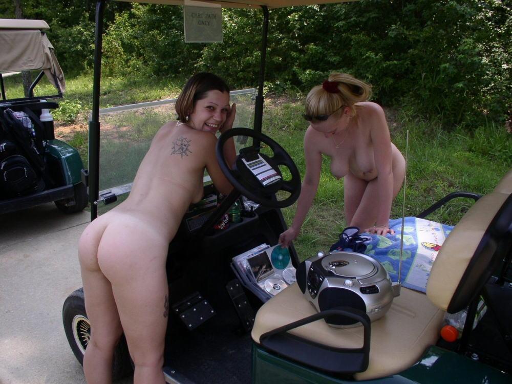 密かに開催されるお金持ち向け全裸ゴルフをご覧くださいwwwwwwwwww(画像あり)・27枚目
