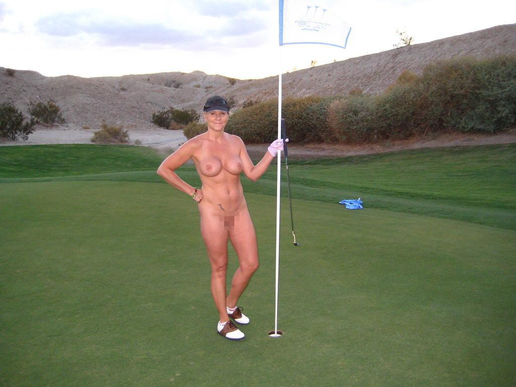 密かに開催されるお金持ち向け全裸ゴルフをご覧くださいwwwwwwwwww(画像あり)・3枚目