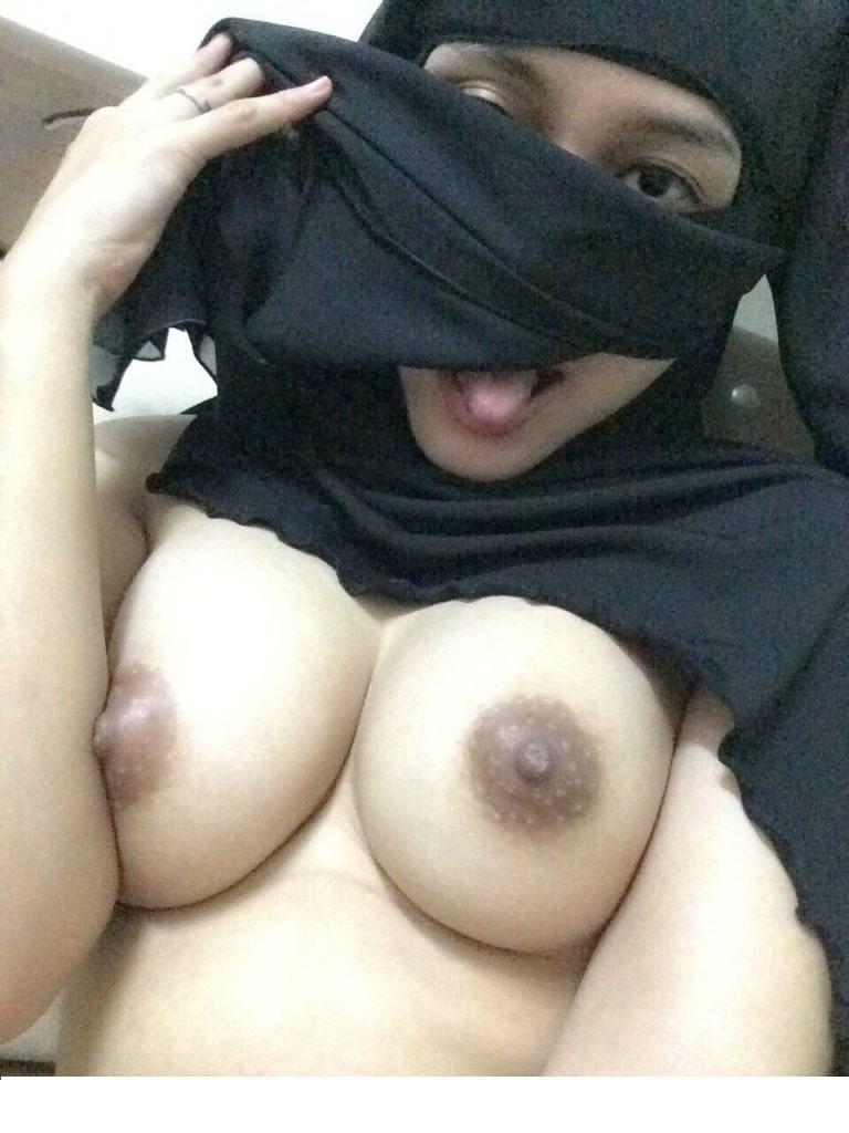 処女の娘が多いイスラム女子、脱いだらすごかった・・・・・(画像あり)・32枚目