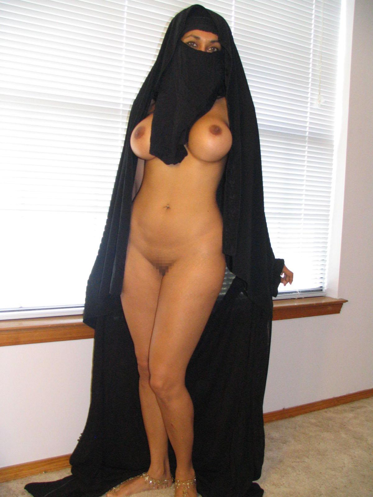 処女の娘が多いイスラム女子、脱いだらすごかった・・・・・(画像あり)・37枚目