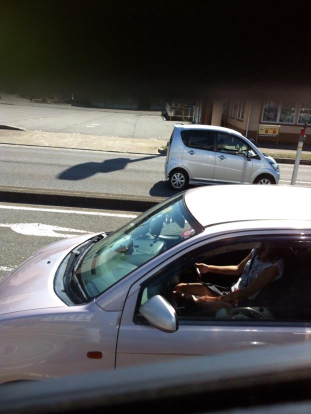 【エロ画像】トラックの運転手が事故る理由がこちら・・この眺め最高wwwwwww(画像16枚)・6枚目