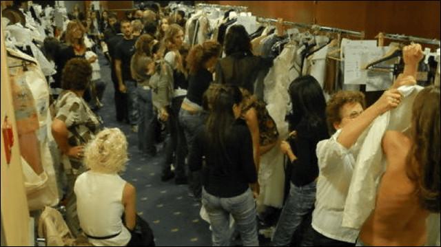 【巨乳あり】ファッションショーの裏側の様子をご覧くださいwwwwwwwwww(画像63枚)・37枚目
