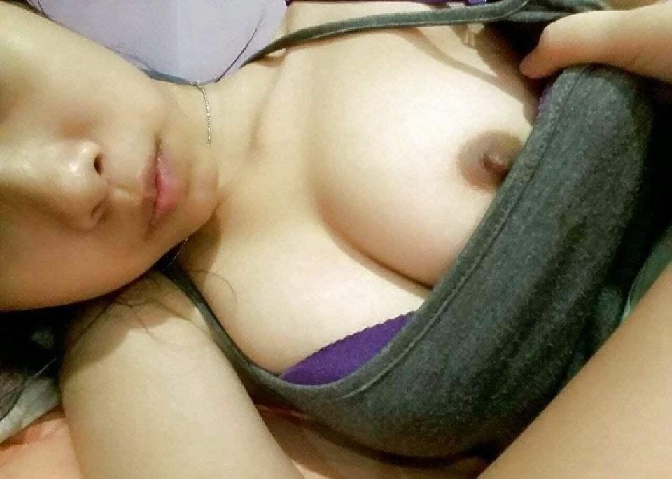 【リベンジポルノ】別れた腹いせにバカな素人娘のハメ撮り写真が流出。(画像36枚)・27枚目
