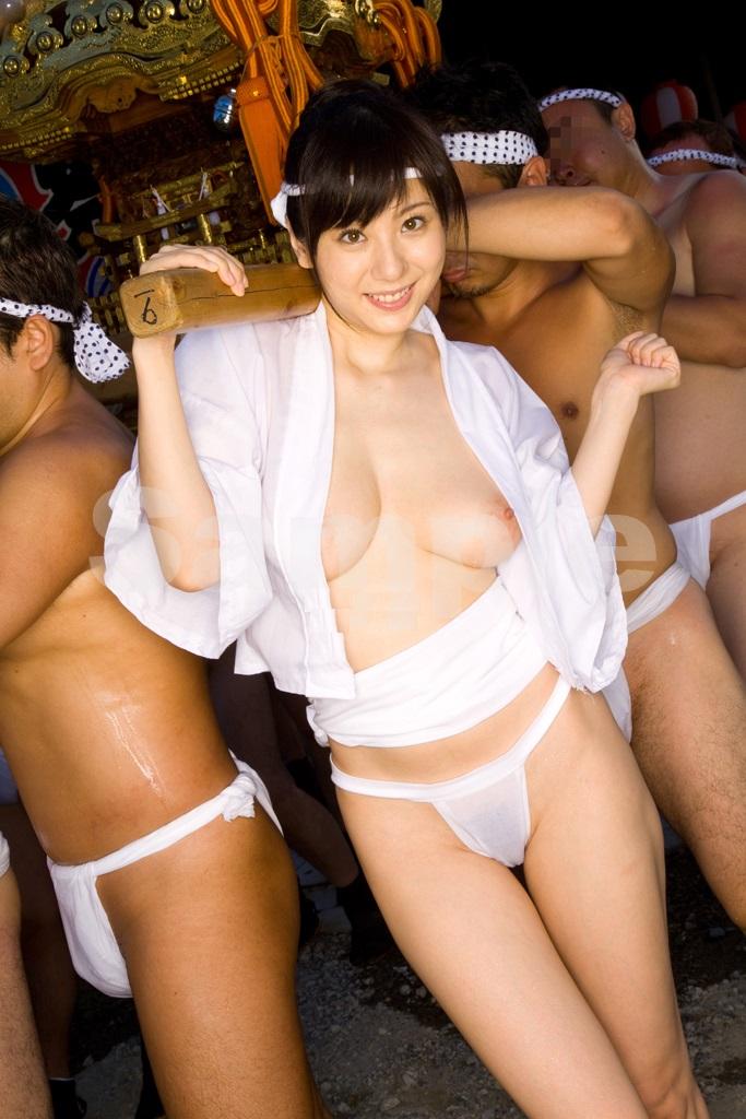 日本のふんどしお祭りがただの裸祭りだった件wwwwwww(画像34枚)・3枚目