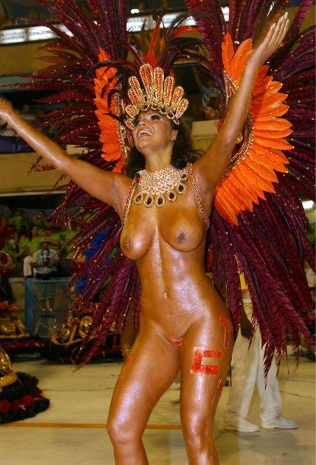 ほとんど裸踊り!過激過ぎるサンバカーニバルwwwwwwwwww 60枚・33枚目