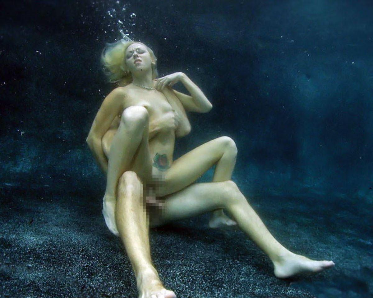 命がけで性欲を解消する様子がガチでヤバすぎwwwwwwwww(画像あり)・21枚目