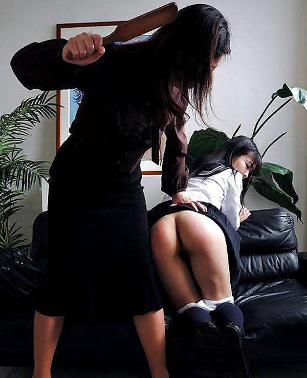 【スパンキング】JKの痛々しいお尻の画像集(33枚)・21枚目