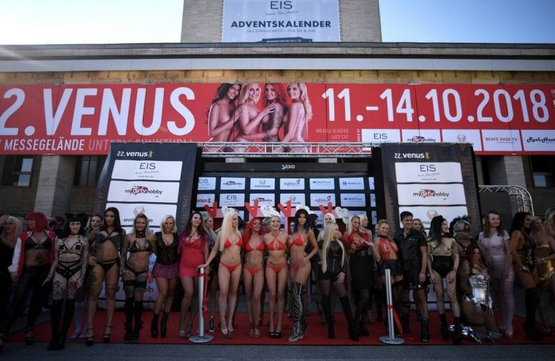 ドイツの「Venus Berlin」とかいうエロイベントがエロ過ぎる・・・(画像41枚)・7枚目