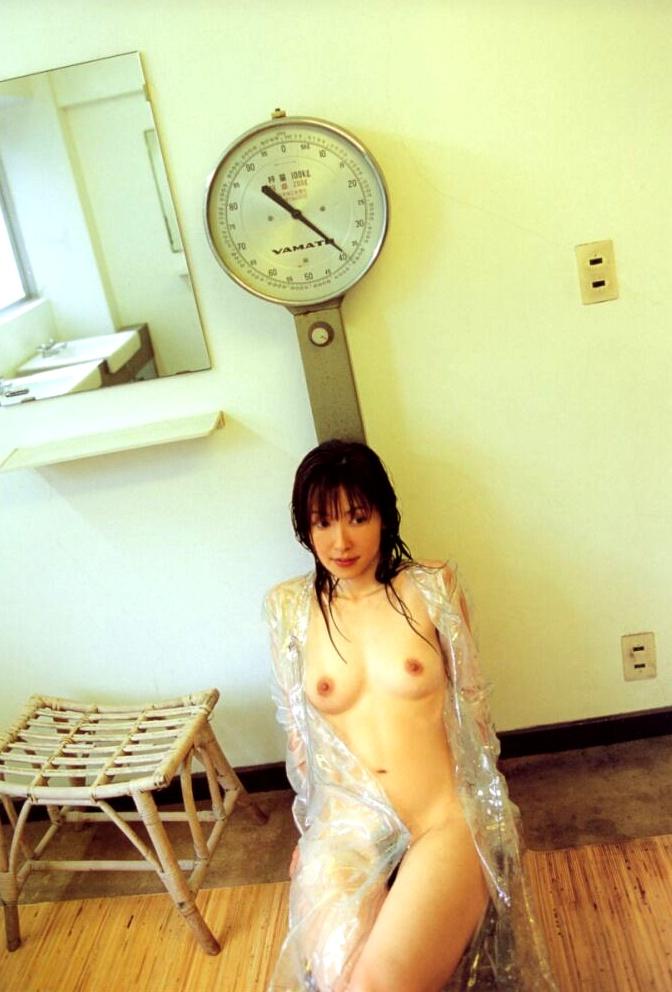 【勃起不可避】女性プロ雀士ヨーコ会長こと渡辺洋香のチクビモロ出しヌード画像集 22枚・6枚目