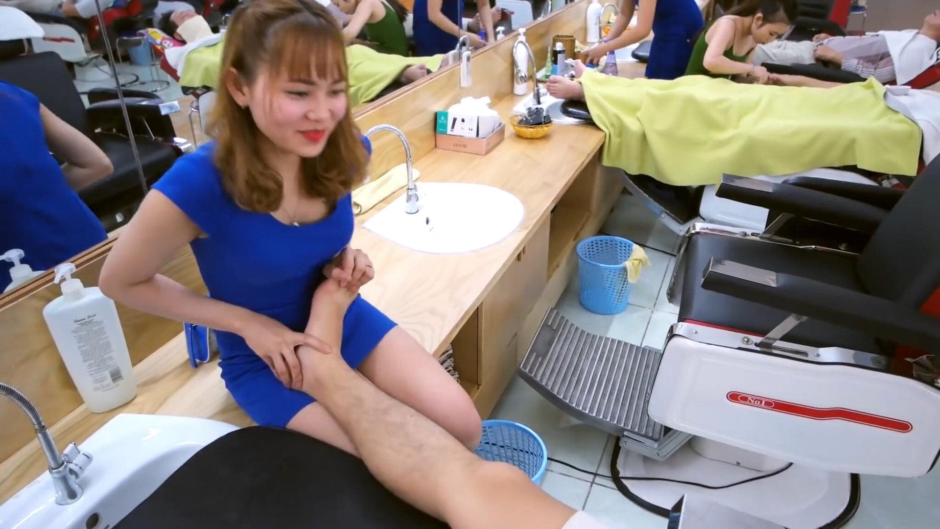 1000円で体験できるエロサービスが凄すぎる理髪店wwwwwww(画像あり)・1枚目