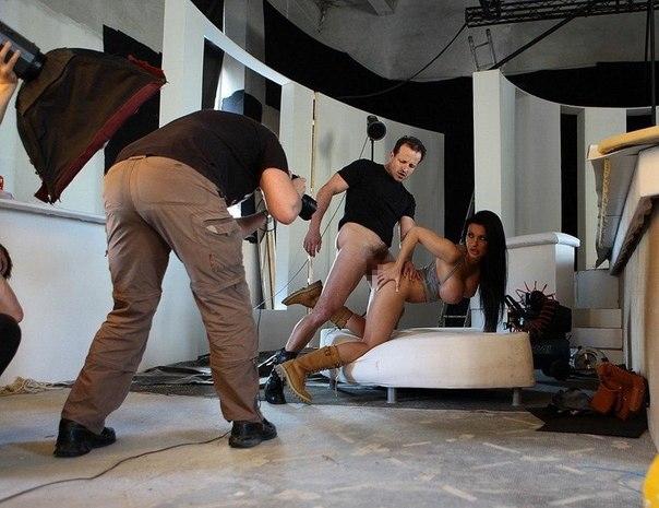 【撮影現場】過酷すぎるポルノ男優のお仕事wwwwwwww(※画像あり)・29枚目