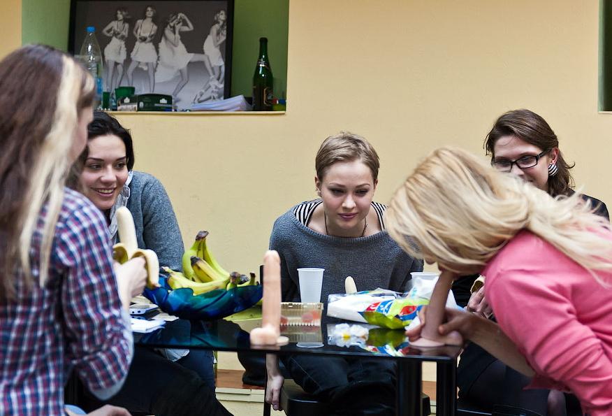 ロシアのフェラチオスクールがなかなかのクオリティ。(画像50枚)・9枚目