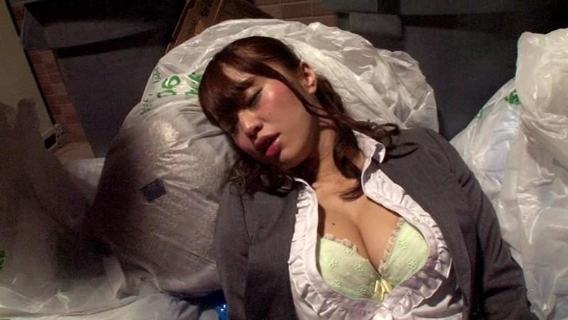 【泥酔】飲み会に参加した女の末路がこちら・・・・・・・(画像あり)・14枚目