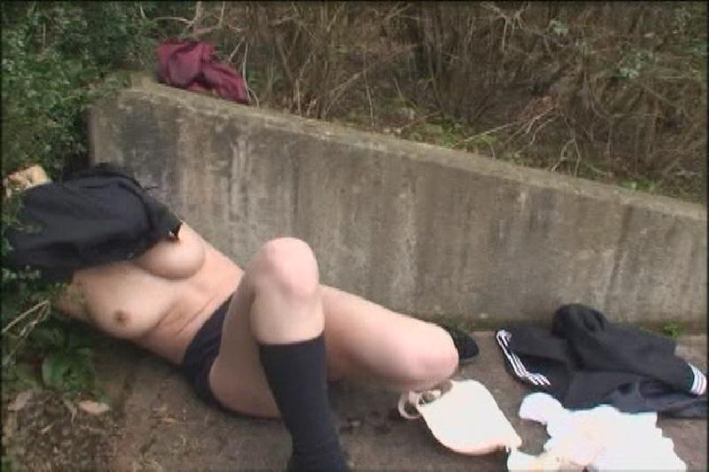 スカート巾着吊りとかいうプレイがマジキチすぎて草wwww(画像あり)・23枚目