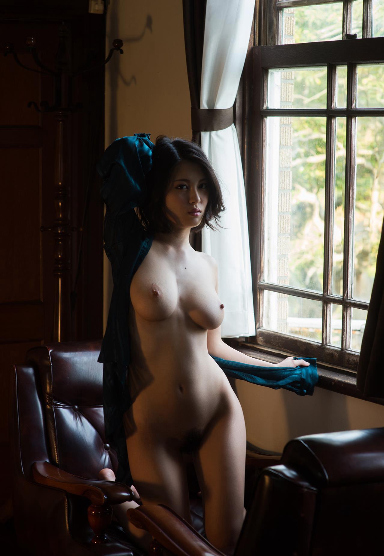 窓を片っ端から見て回ったら必ず見れるこの光景wwwwwww(画像あり)・10枚目