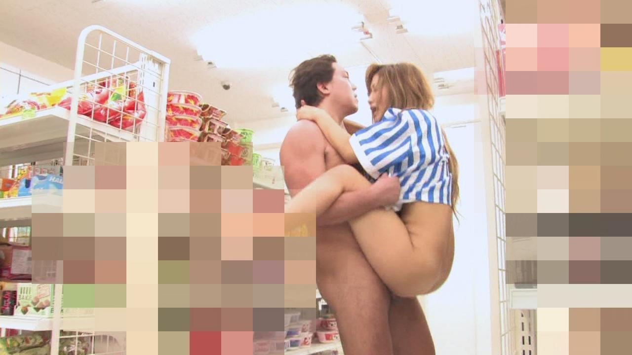 パート中の人妻さん、店長の性奴隷にされる・・・・・(画像あり)・13枚目