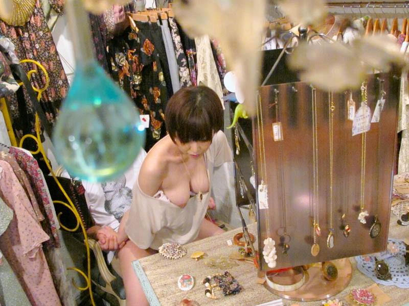 パート中の人妻さん、店長の性奴隷にされる・・・・・(画像あり)・14枚目