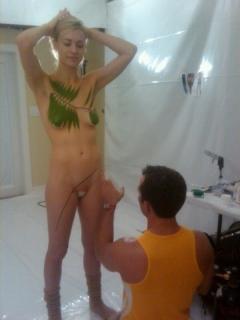 ハリウッド女優さん、ヌードを拡散されまくったエロ画像。マンコはアカンやろ・・・(画像あり)・38枚目