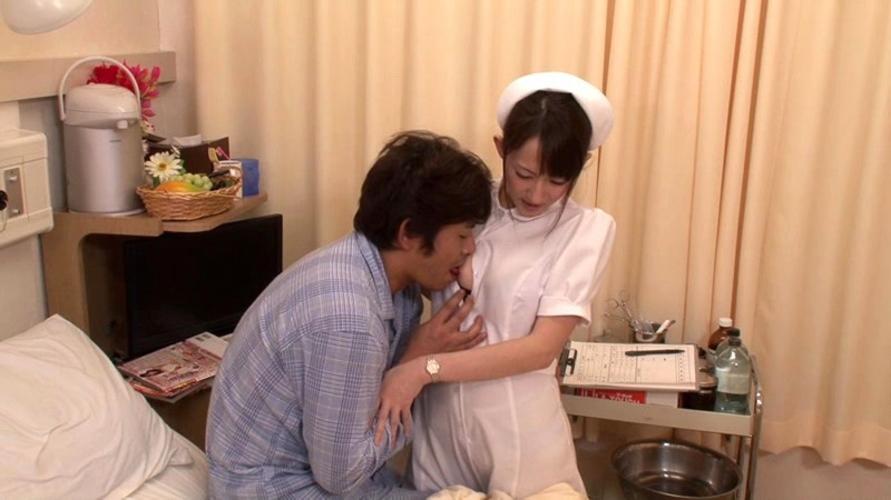 【これはアウト】看護師への過激すぎるセクハラ画像集(24枚)・1枚目