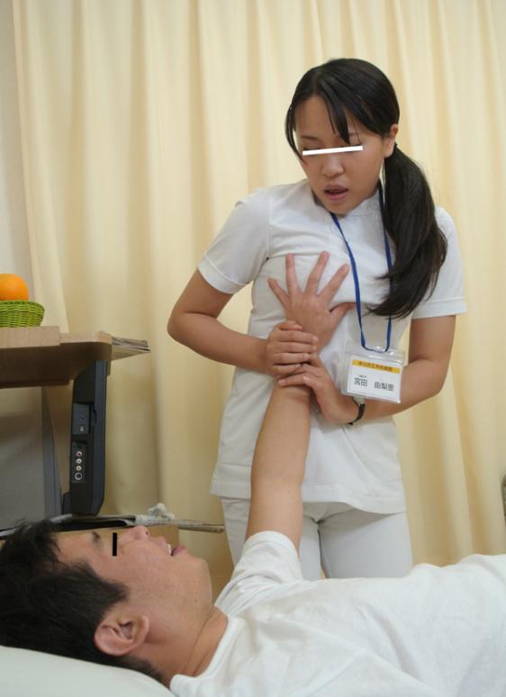 【これはアウト】看護師への過激すぎるセクハラ画像集(24枚)・11枚目