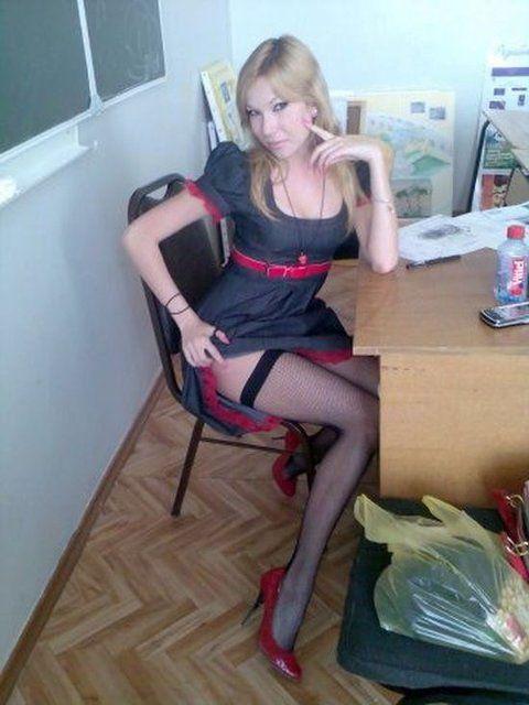 ロシアの女教師エロすぎて無事撮影されてトップを飾るwwwww(画像あり)・12枚目