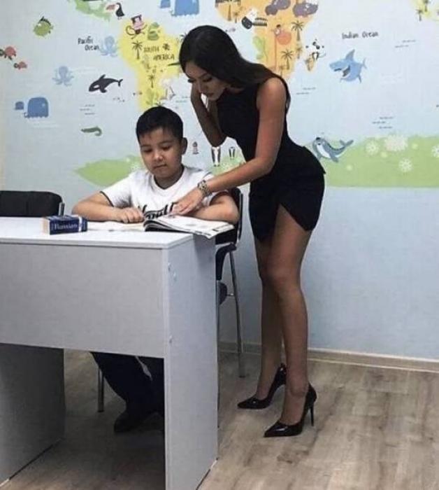 ロシアの女教師エロすぎて無事撮影されてトップを飾るwwwww(画像あり)・14枚目