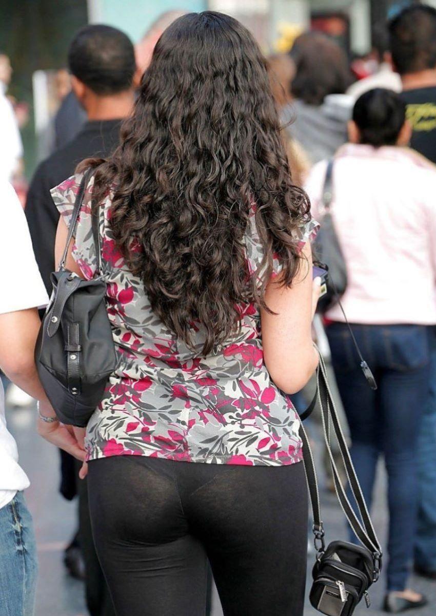 【街撮】スパッツの危なさに気付いてない女性たち・・・(画像55枚)・38枚目
