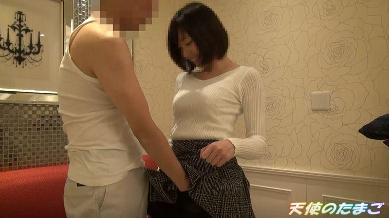 【※援○】見た目は清純だけど巨乳でビッチ素人娘が本気セックスがこちらwwwww(動画あり)・6枚目