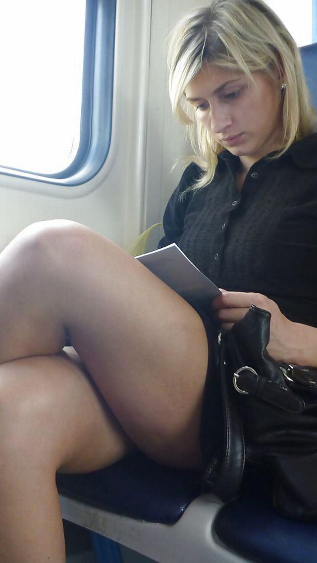 電車内で対面撮影した画像。ガチの天国やったwwwwww(28枚)・15枚目