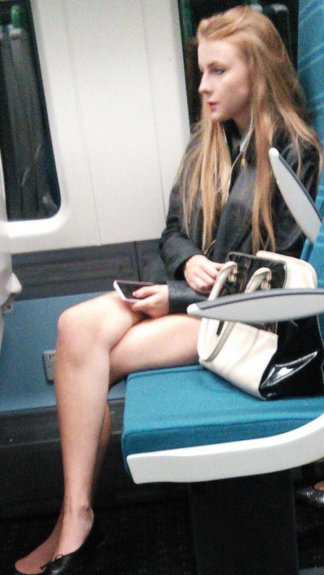 電車内で対面撮影した画像。ガチの天国やったwwwwww(28枚)・23枚目