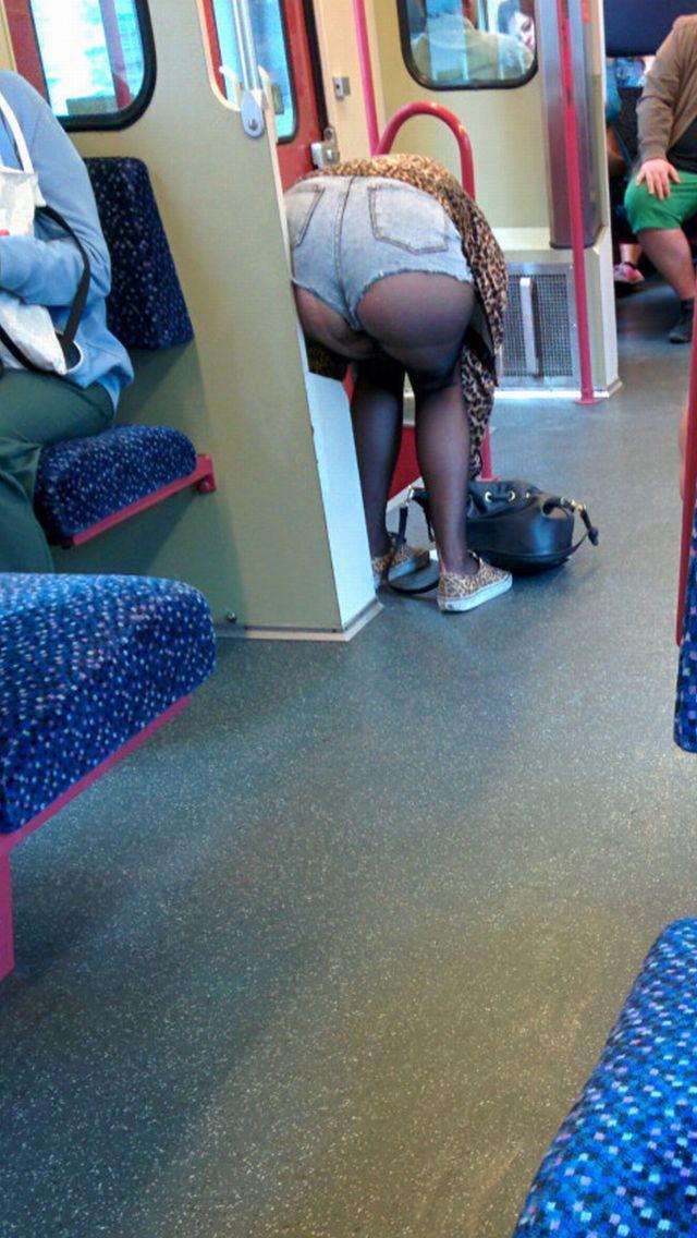 電車内で対面撮影した画像。ガチの天国やったwwwwww(28枚)・7枚目