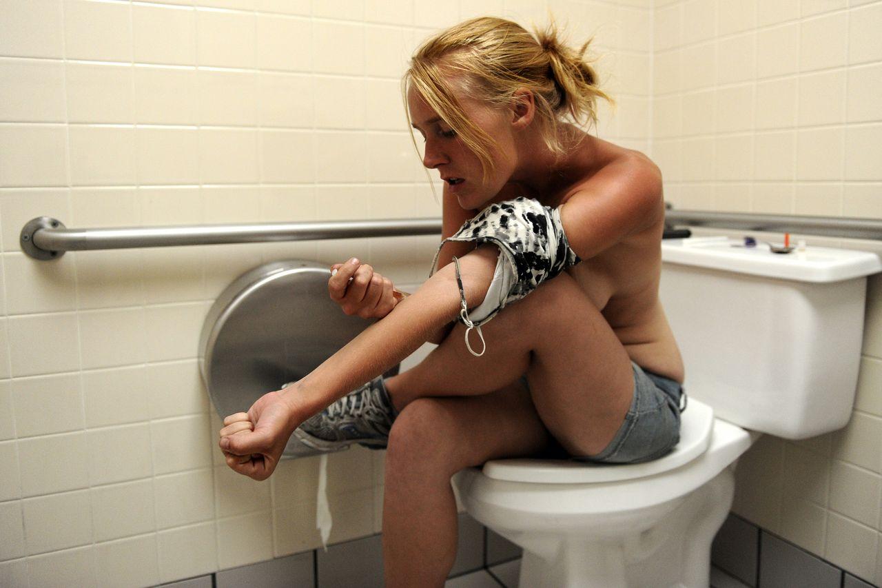 【閲覧注意】薬物中毒者の画像を貼ってくスレ・・・(27枚)・3枚目