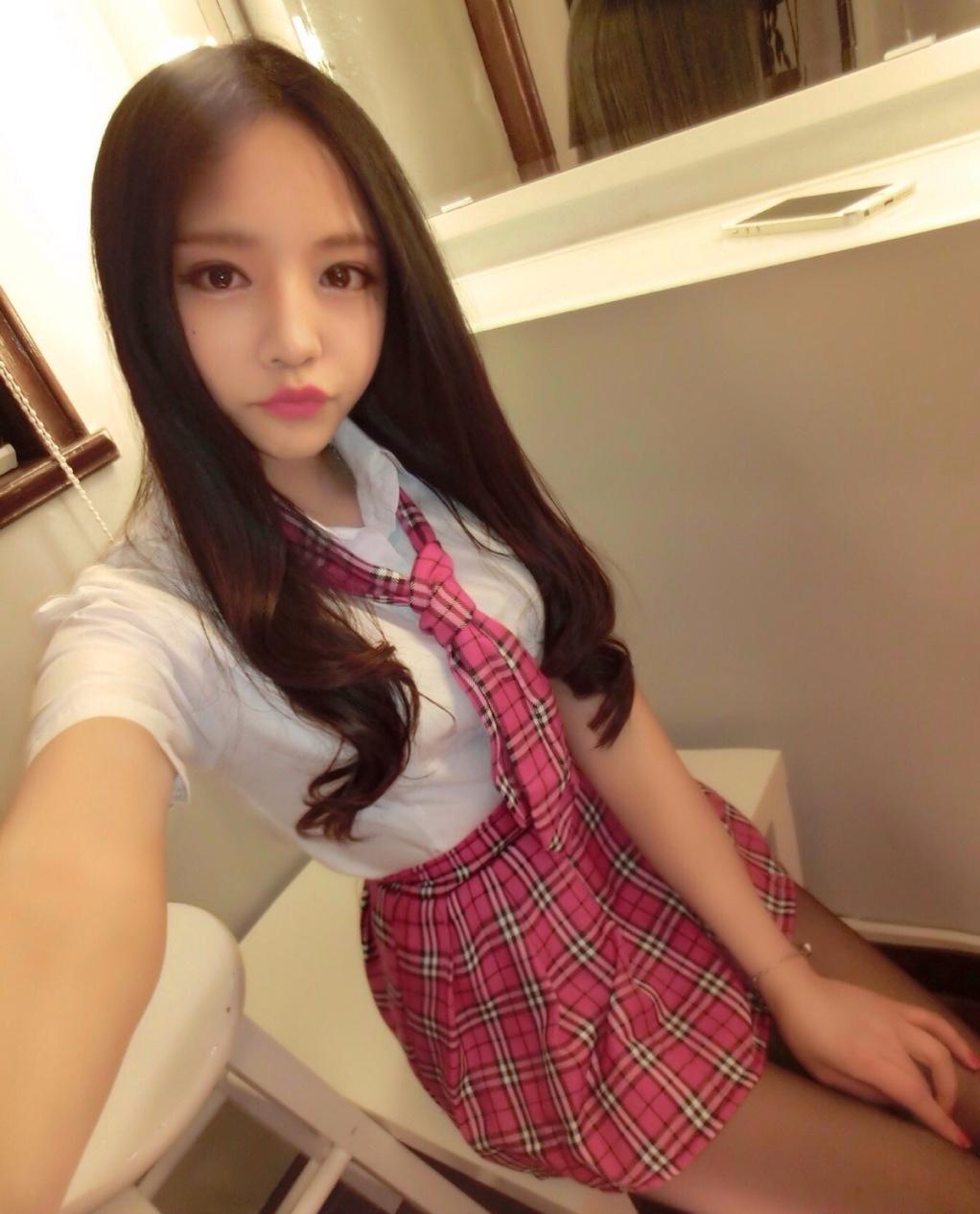 娼婦チックな韓国の制服JK、期待を裏切らないセクスィーさwwwwwwww(画像27枚)・14枚目