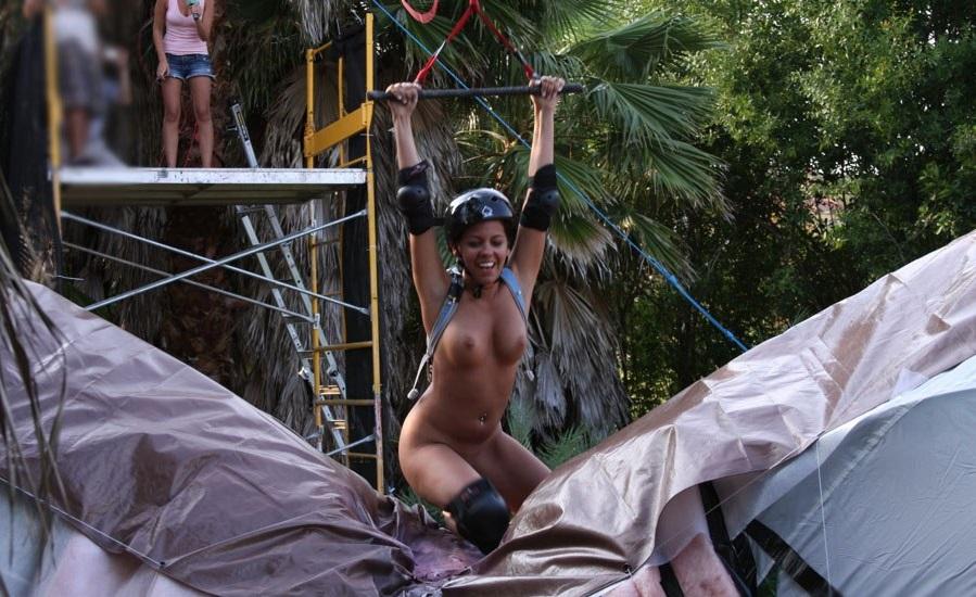 裸でスポーツを楽しむ海外の異文化、、もうついていけないンゴ。(画像あり)・15枚目