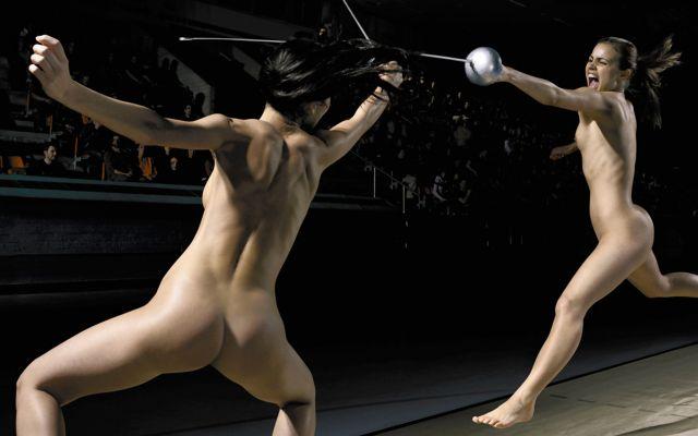 裸でスポーツを楽しむ海外の異文化、、もうついていけないンゴ。(画像あり)・16枚目