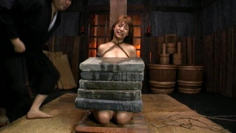 石抱き拷問とかいうとかいう拷問プレイをされた結果・・・(画像あり)・20枚目
