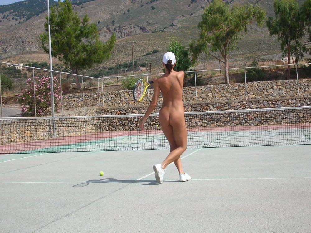 裸でスポーツを楽しむ海外の異文化、、もうついていけないンゴ。(画像あり)・20枚目
