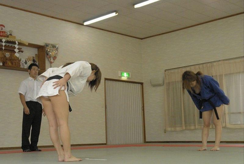 柔道で女の子の道着が肌蹴けてB地区をポロッちゃった瞬間撮ったから晒すwwwwwww(画像あり)・12枚目