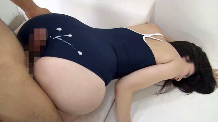 旧タイプのスク水女子に精子をぶっかける至福の画像を貼るスレwwwwww・5枚目